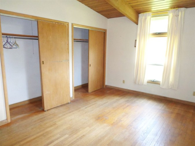 master-bedroom-before