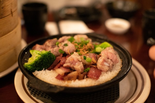 Claypot rice with sausage spare rib and broccoli