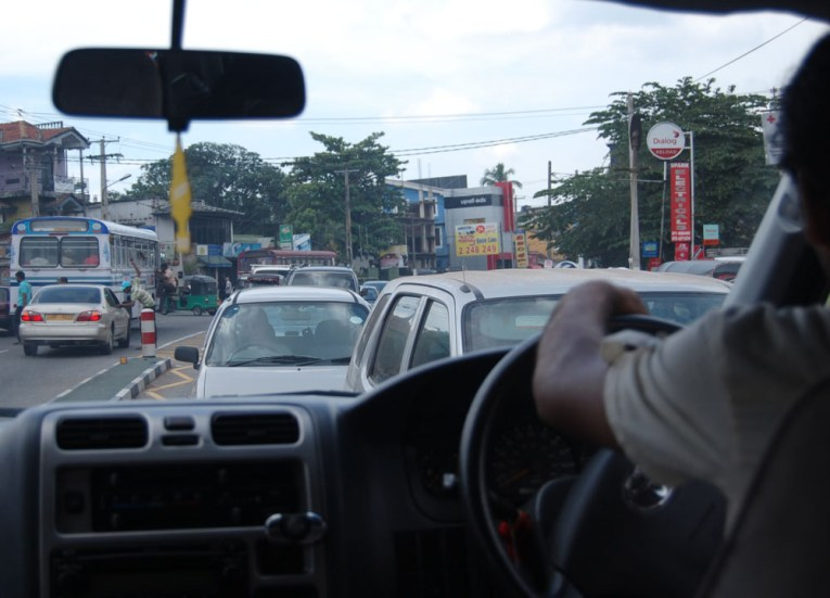 Driving to Oncoming Traffic, South Sri Lanka Tour, Independent Travel
