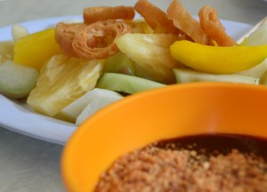 Fruit Rojak with Chilli Sauce in Penang, Eating Malaysian Food