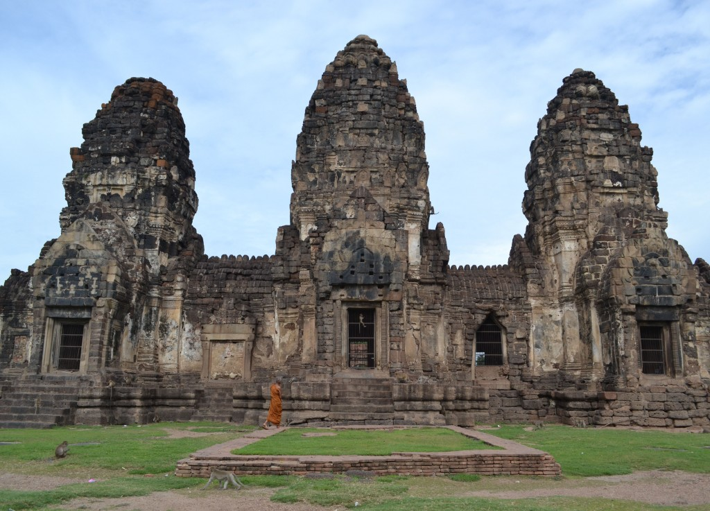 Prang Sam Yot Temple, Lopburi Monkey Temple in Thailand, Southeast Asia