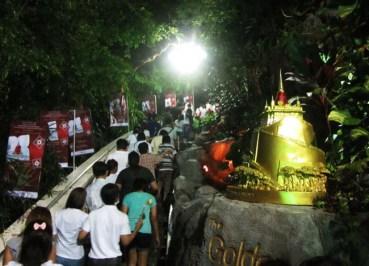 Loy Krathong Festival Week at Golden Mount - Ngang Wat - Climbing Wat Saket