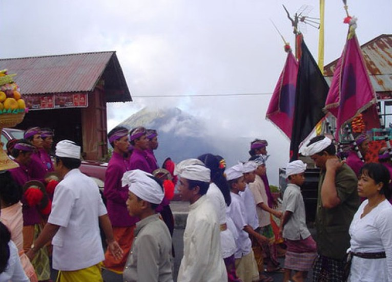 Batur Temple Ceremony, Escape Tourism in Ubud Cultural Capital of Bali