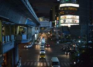 Asoke Interchange Area, Living cheap in Bangkok Thailand