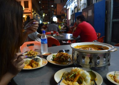 Food, Little India Area, Where to Stay in Singapore on a Budget