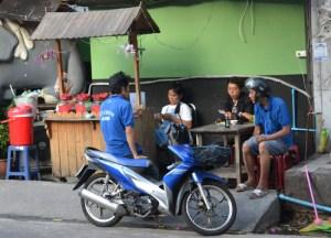 Roadside Ya Dong Street Liquor, Thai Alcohol, Bangkok, Thailand