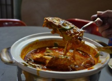 Fish Head Curry, What to Eat in Singapore, Top 5 Singapore Food