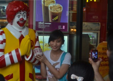 McDonald's Hat Yai, McDonalds in Asia. Comfort Foods while Travelling