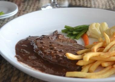 Peppered Steak, Daosavanh Restaurant, Savannakhet, French food in Laos