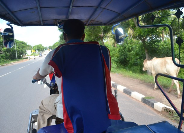 Tuk-Tuk From Border, Thai Visa Run to Savannakhet Laos from Bangkok