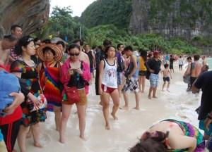 Crowded Beaches Thai, Best Ko Phi-Phi Tours from Phuket