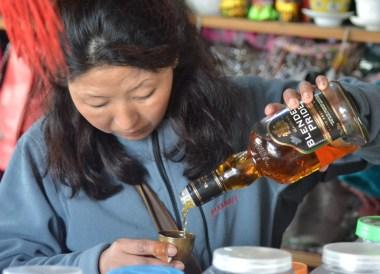 Gangtok to Changu Lake in Low Season, Whisky Snifter