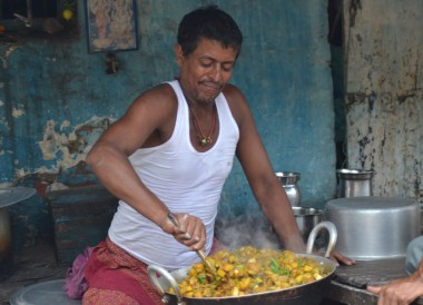 Streetside Cooking, Introduction to Indian Food, Eating in India, Asia Travel