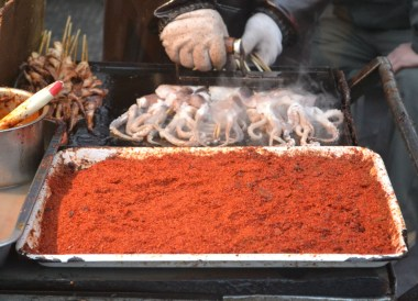 Grilled Squid Kebabs, Eating in Xian Muslim Quarter, Street Food