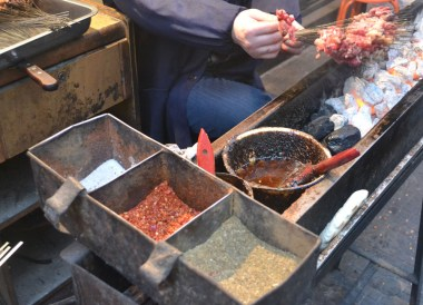 Chinese Marinated Kebabs, Eating in Xian Muslim Quarter, Street Food