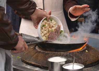 Eating in Muslim Quarter, Top Attractions in Xian China (Shaanxi)