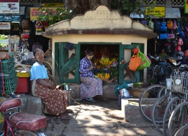Local Burmese Market Front, Best mandalay day tour by taxi
