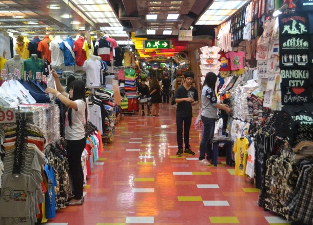 Shopping on 3rd Floor when Buying Fake Clothes in Bangkok, MBK