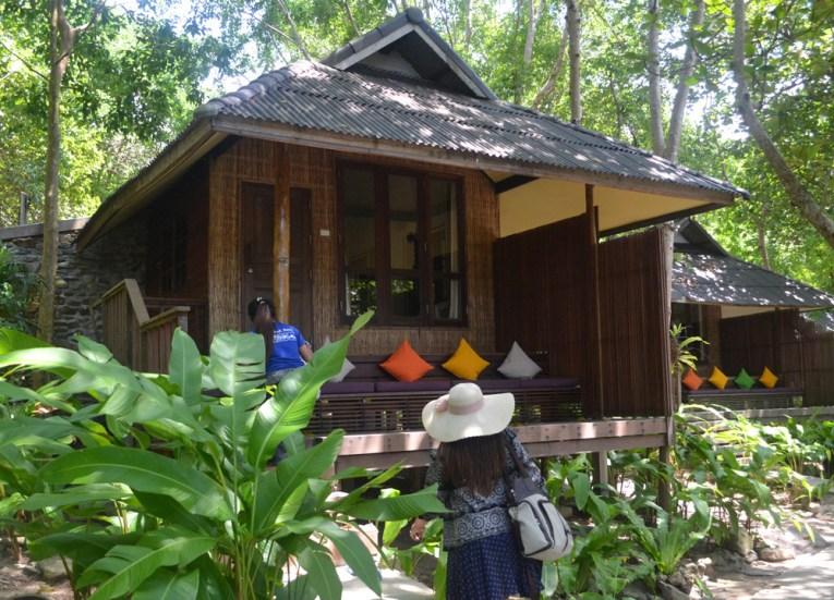 Arriving to Seaview Bungalow, Captain Hook Resort Koh Kood, Travel Thailand