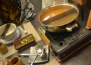 Split Soup Steamboat, Cameron Highlands Resort, Malaysia