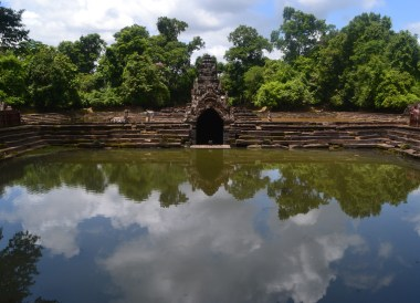Pools at Neak Pean, Introduction to Angkor Wat Two Day Tours