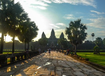 Walkway to Angkor Wat, Introduction to Angkor Wat Two Day Tours