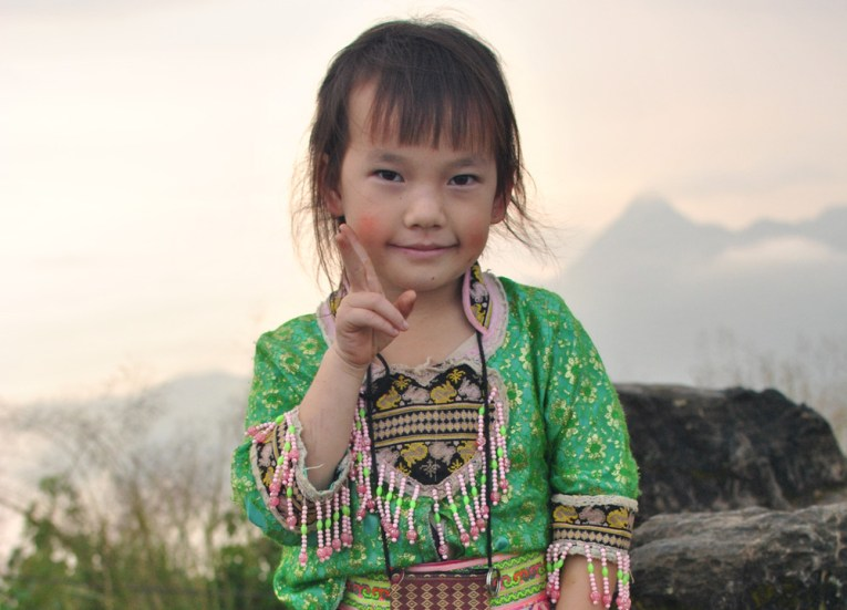 Young Girl Traditional Dress, Top 10 Chiang Rai Attractions