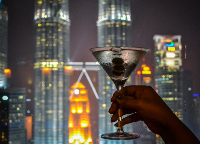 Best Views of Petronas Towers, Bar Cocktails Drinks
