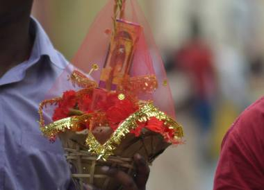 Hindu Offerings, Dakshineswar Kali Temple, Hooghly River, Kolkata