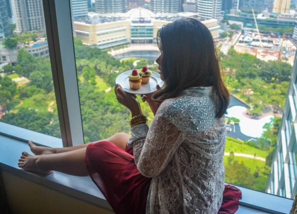 Best Views of Petronas Towers, Eating Cakes with Views