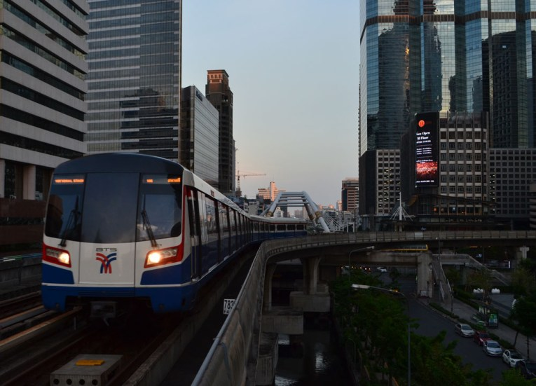 Travel by Skytrain, Weekend in Bangkok 2 Days Itinerary