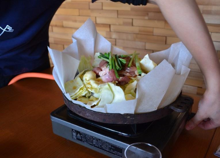 Kei-chan Hida Food, Travel to Shirakawa-go Unesco Village in Spring
