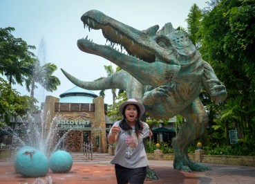 Jurassic Park, Getting to Universal Studios Singapore Tips Single Riders