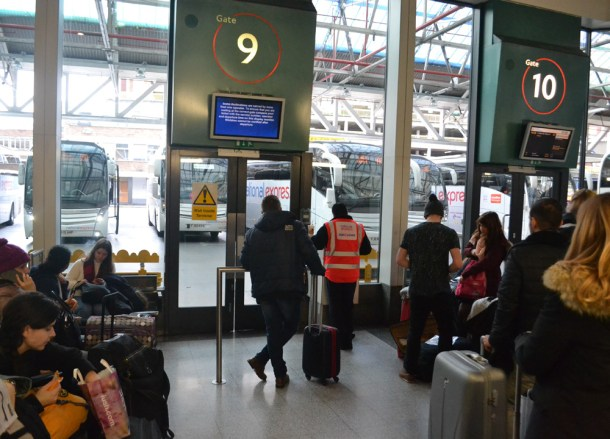 Victoria coaches, Travel from London to Paris by Eurostar, Low Cost Airlines