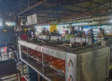 Sai Oua Grill. Best Northern Thai Sausage in Chiang Mai Mae Hia Market