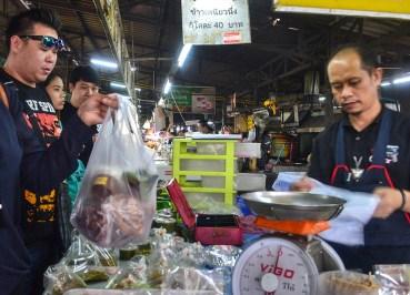 Mae Hia Market, Best Northern Thai Sausage in Chiang Mai Mae Hia Market