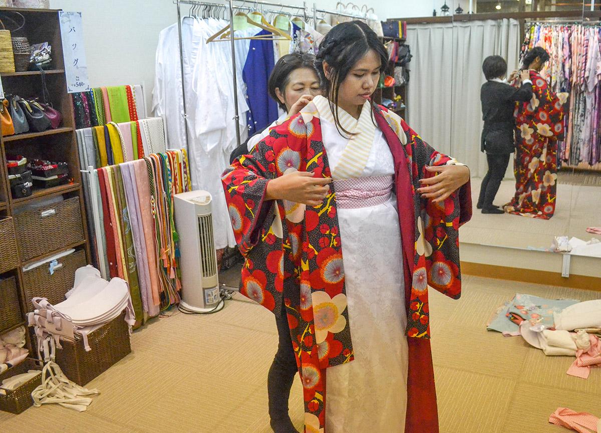 Changing Rooms, Kimono Rental in Osaka Japan (Wargo)