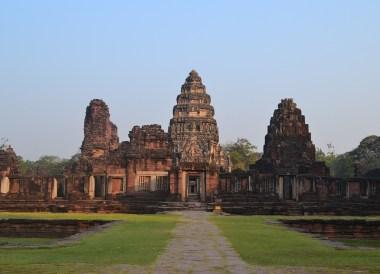 Phimai Temple Ruins, Prasat Phanom Rung Historical Park, Buriram Isaan Thailand