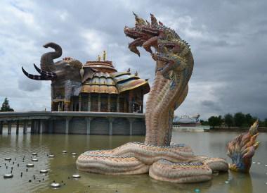 Wat Ban Rai in Korat, Travel in Isaan Thailand (Northeast Thailand)