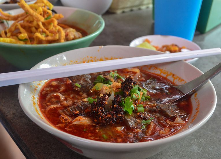 Khanom Jeen Nam Ngiao, Thai Noodle Soups in Thailand