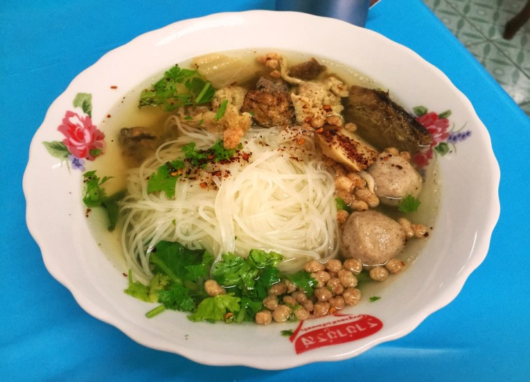 Tieng Seing Noodles, Best Vegan Restaurants in Chiang Mai