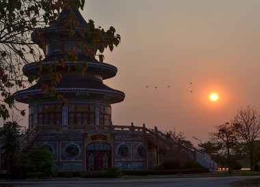 Wat Thawon Wararam, Day Trip Bangkok to Kanchanaburi Tour, Thailand