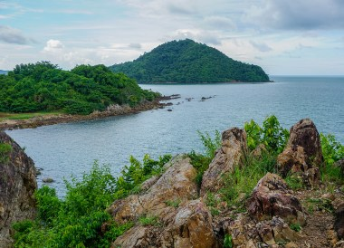 Views from Noen Nangphaya Viewpoint, Travel in Eastern Thailand