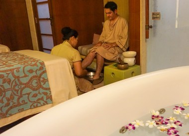 Foot Massage, Best Massage in Krabi, Spa Cenvaree at Centara Grand Resort