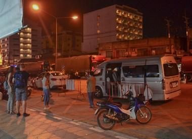 Thailand Border, Malaysia Penang to Hat Yai Thailand by Bus Minivan