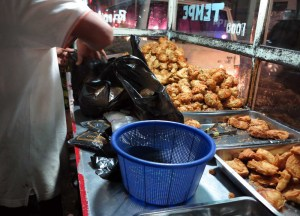 Best Asian Street Food Eating Cheap in Asia