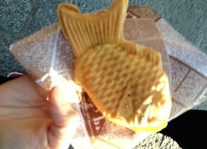 Taiyaki Japan, Best Asian Street Food Eating Cheap in Asia