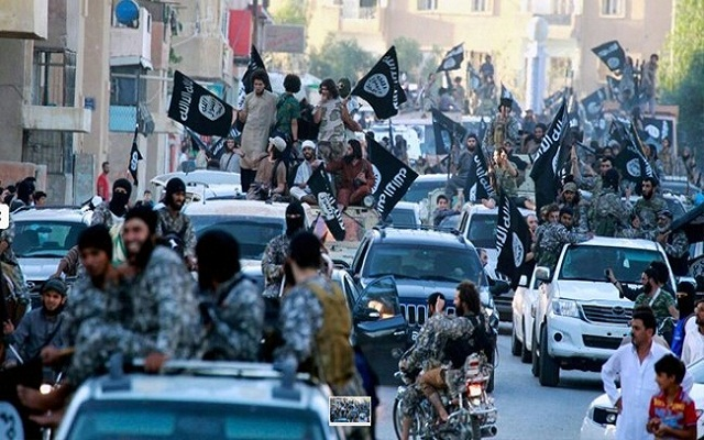 LLL - Live and Let Live - ISIS terror group tightens security measures in Syria's Raqqa as more militants arrive from Iraq
