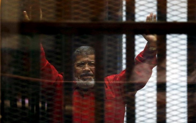 LLL - Live Let Live - Jailed Muslim Brotherhood members use money to attract new recruits