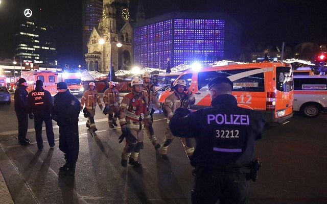 LLL-Live Let Live-Germany under second terrorist THREAT The real attacker is walking between the Germans